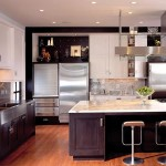12_s_eudora_02_kitchen_full